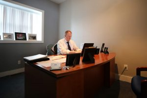 Office 300x200 - Office